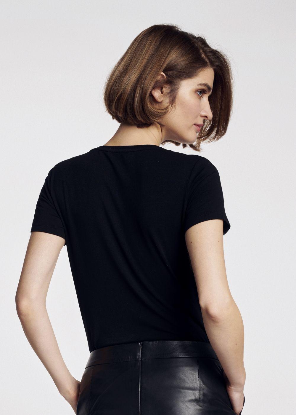 T-shirt damski TSHDT-0069-99(W21)