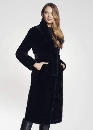Czarny płaszcz damski z paskiem FUTDP-0002-99(Z21)