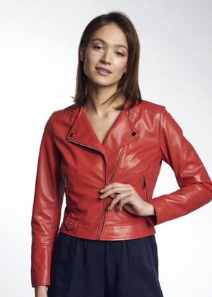 Czerwona kobieca ramoneska z owczej skóry KURDS-0273-1112(W21)